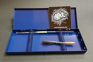 Mack Brush Box  9 X 25,5 cm.